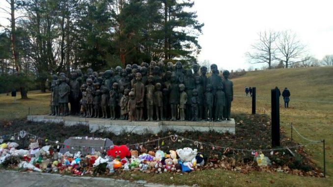 Il monumento ai martiri di Lidice