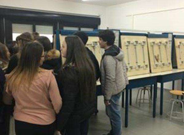 ALUNNI SCUOLE MEDIE VISITA ITI MAZZONE 2017-13