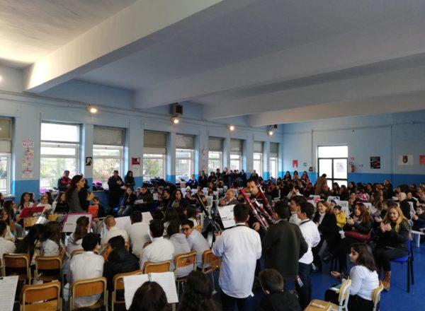 CONCERTO DI NATALE 2019 MANDATORICCIO SCUOLA (11)