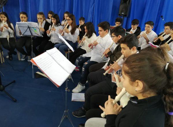 CONCERTO DI NATALE 2019 MANDATORICCIO SCUOLA (12)