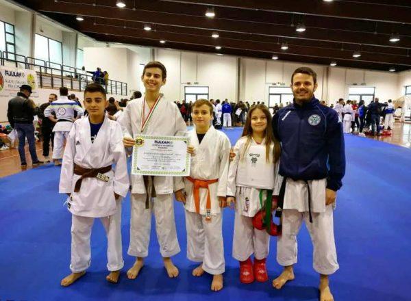 Raduno CTR I ragazzi della ASD Accademia Funakoshi Karate-Do Cariati FIJLKAM-CONI