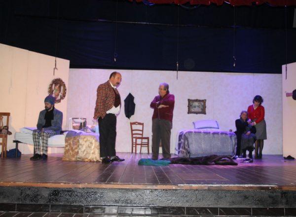 natale a casa cupiello 15-12-2019 teatro cariati (41)