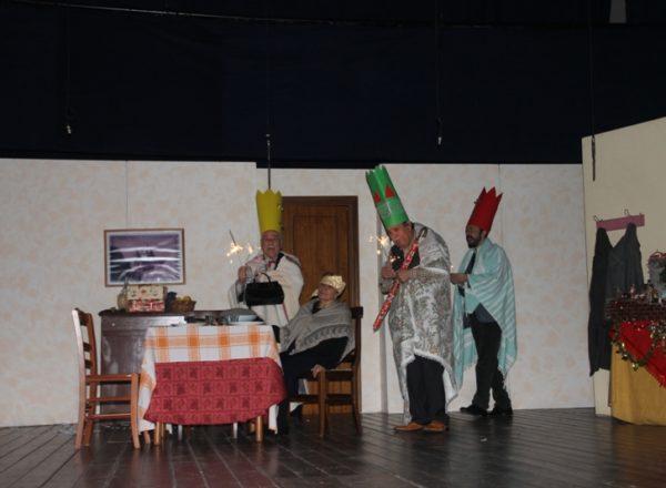 natale a casa cupiello 15-12-2019 teatro cariati (81)